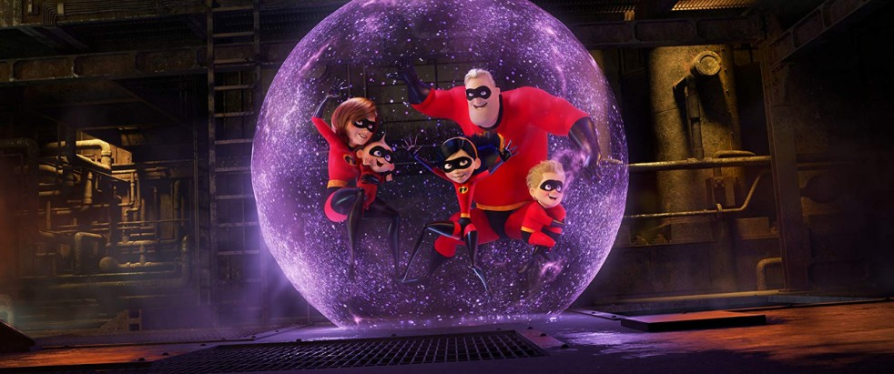 Holly Hunter, Craig T. Nelson, Sarah Vowell, and Huck Milner in Incredibles 2