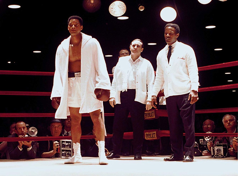 Will Smith, Jamie Foxx, and Ron Silver in Ali