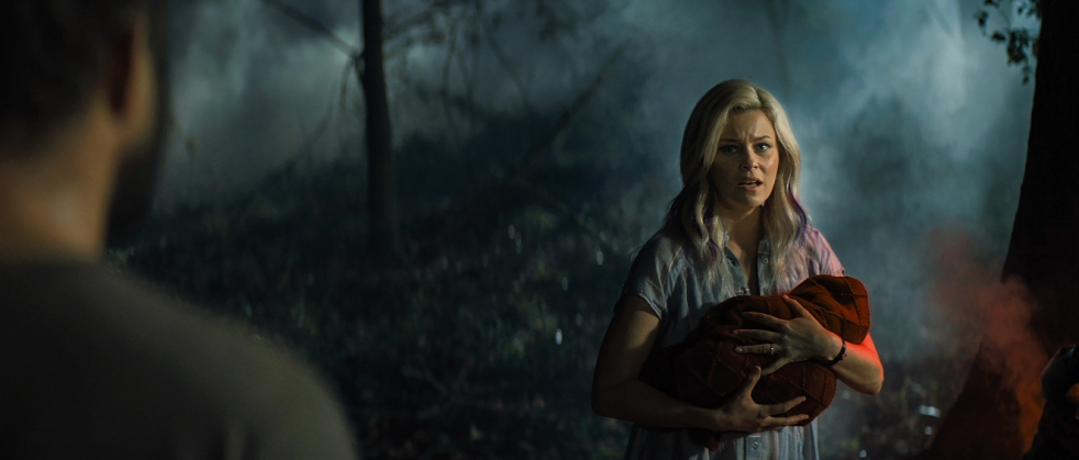 Elizabeth Banks and David Denman in Brightburn